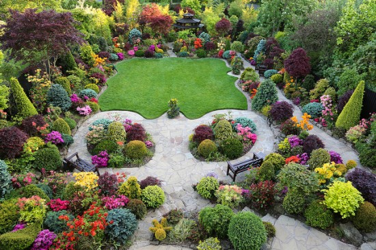 Stunning Photos From The World 39 S Most Amazing Suburban Family Garden This And That