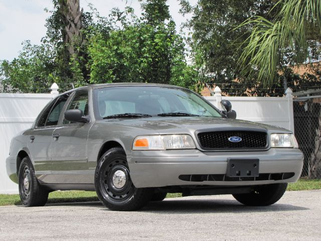 K  Ford Crown Victoria P  Police Interceptor