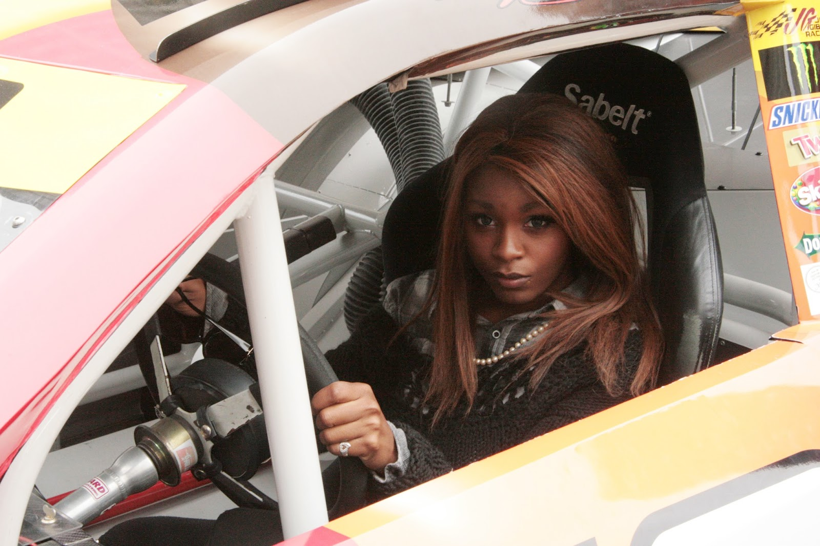 Your Gyaru Racecar driver!