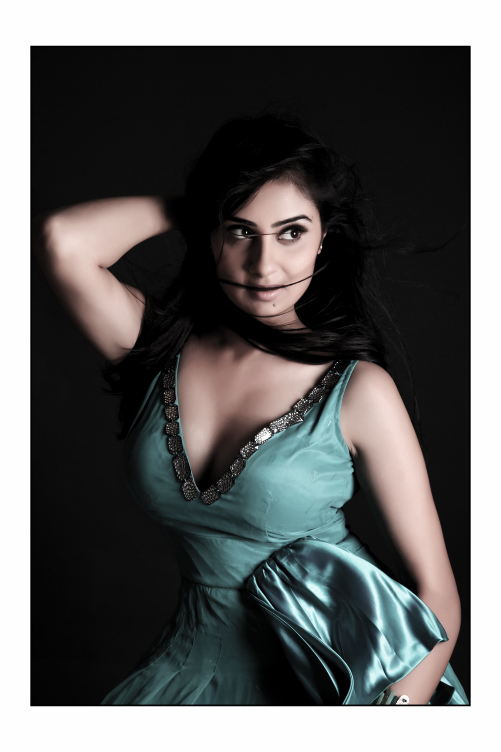 4TAMIL GALLERY: Actress Bhanu Mehra Latest Hot Photoshoot