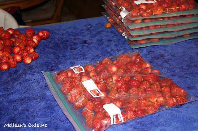 Melissa's Cuisine:  Strawberries--Tips and Tricks