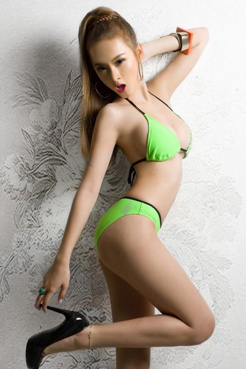 Angelia Phuong Trinh Sexy in Bikini Collection