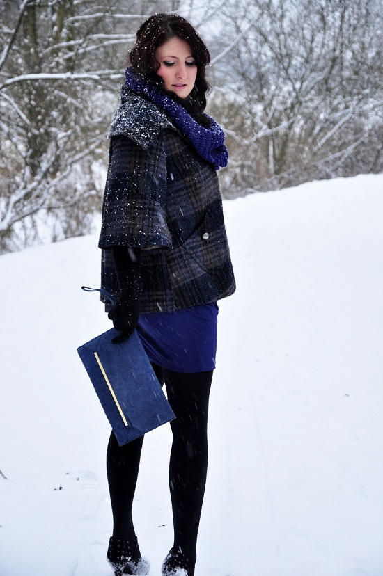 Fashionista-Not River Island coat, Asos clutch