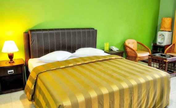 Kamar Lembah Hijau Hotel Tengah Standard