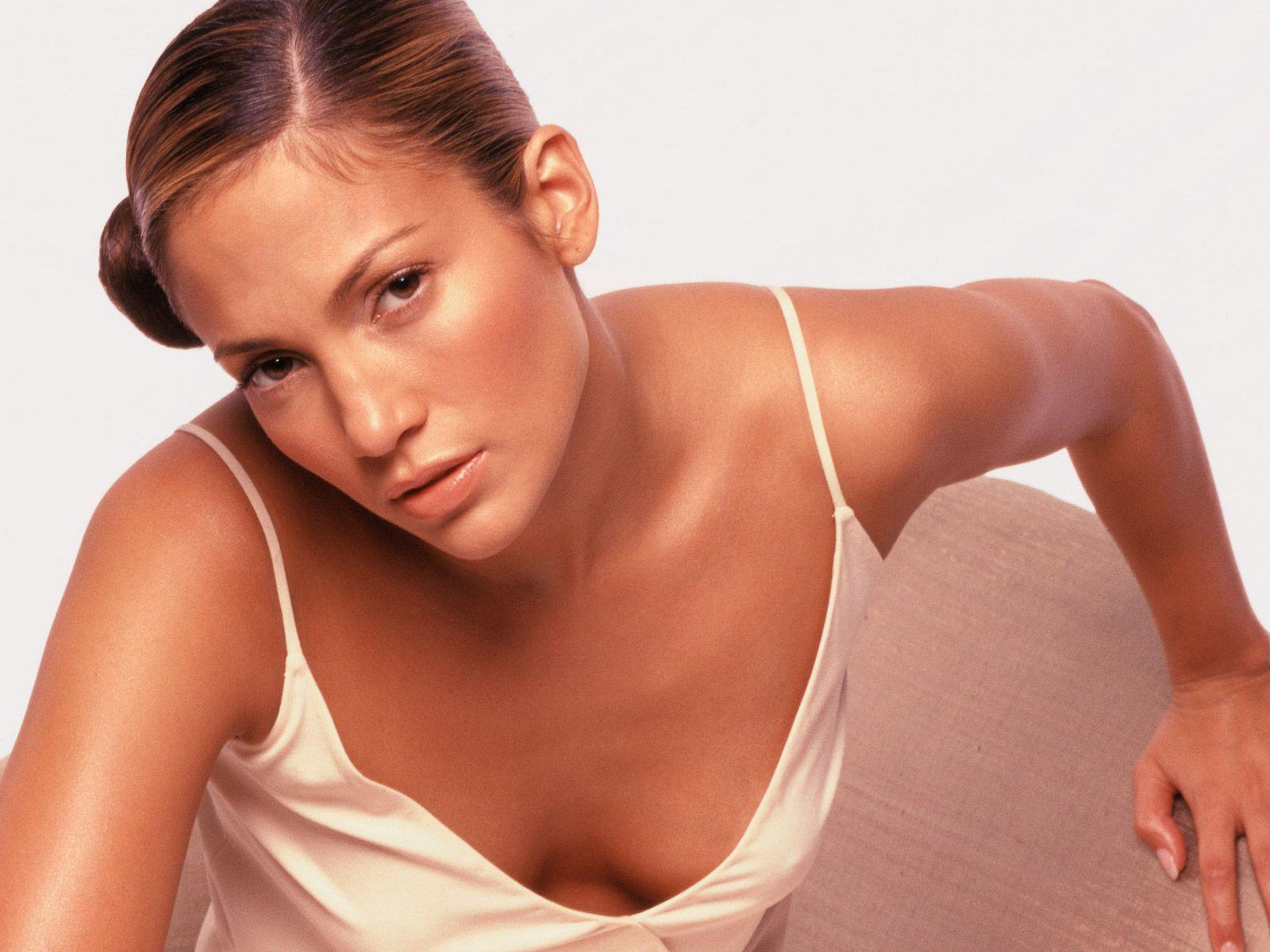http://1.bp.blogspot.com/-KmHyCLiu0Uc/UKOVF1Eqk3I/AAAAAAAAA8g/DT-322kdGck/s1600/Jennifer+Lopez+HD+2012+Wallpapers+1600+X+1200+(3).jpg