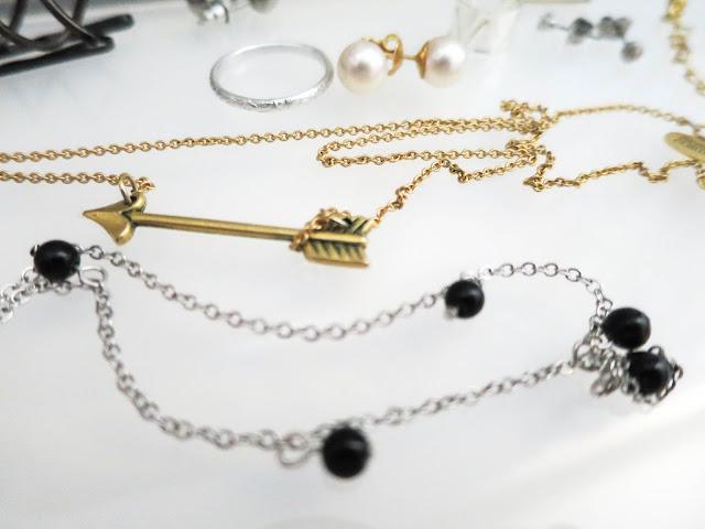 arrow, necklace