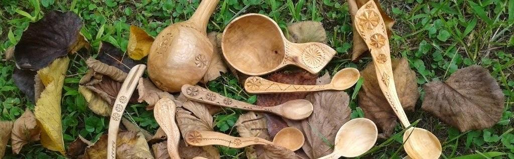 Cioplit dintr-o bucata - linguri, cauce si in curand alte obiecte din lemn lucrate manual