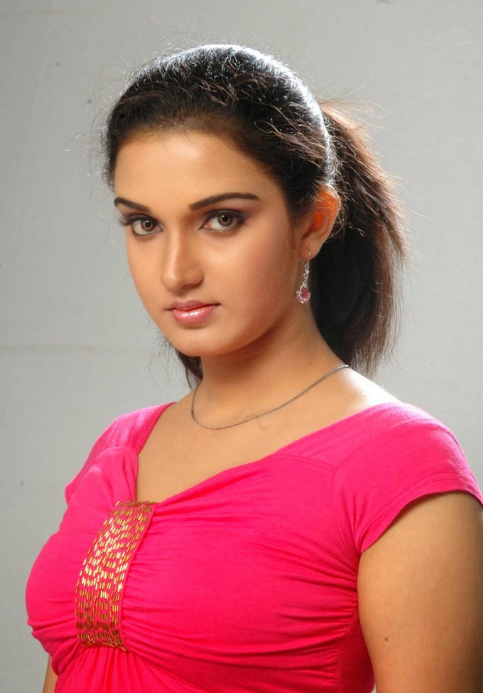 Malayalam actress Honey Rose Pictures