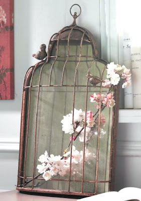 Hayku a get inspired bird cages as home decor for Birdcage bedroom ideas