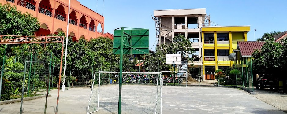 Gedung dan Sarana Olahraga SMK Mitra Karya