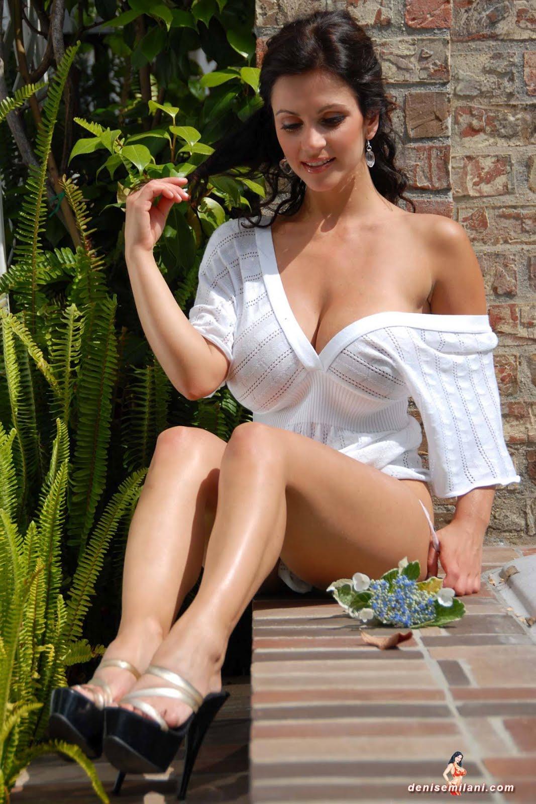 Denise Milani hot bikni latest Pictures Model stills 2012 | Denise ... Flora Saini