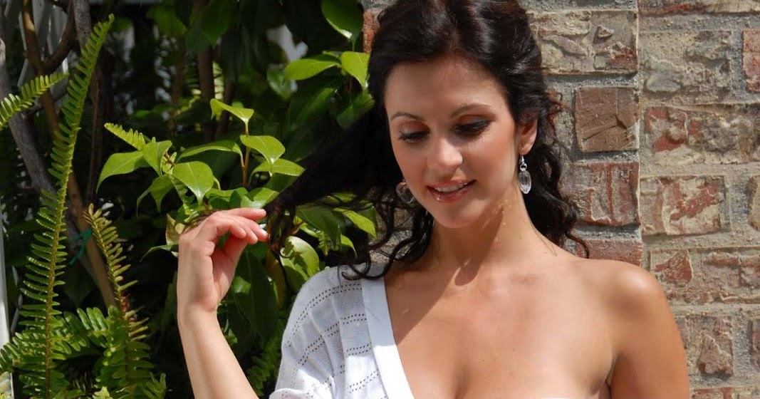 latest celebrity pictures indian sexy actress gallery
