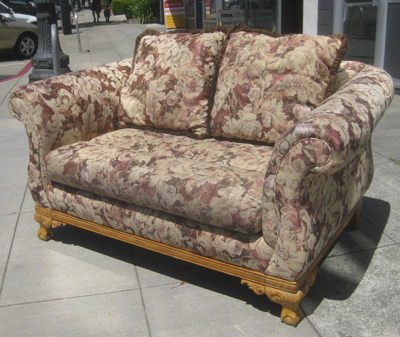 Uhuru Furniture Collectibles Sold Floral Loveseat 60
