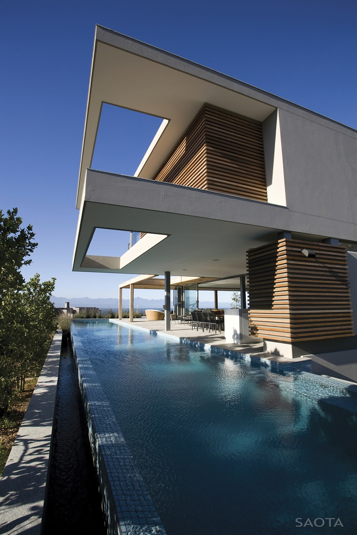 Swimming pool in Beautiful Plett 6541+2 Home by SAOTA