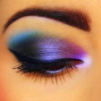 Zıt Renkli Göz Farlarıyla Çarpıcı  Gözler