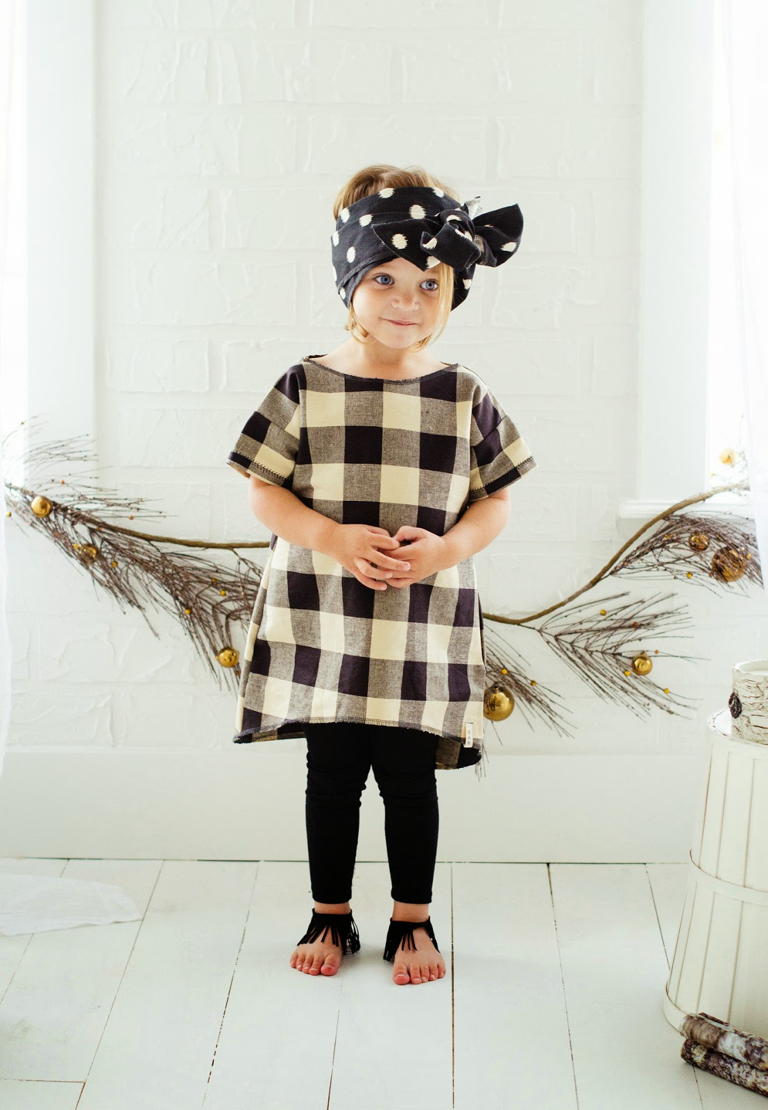 Girls dress in contrast linen by Kindred OAK for holiday collection 2014
