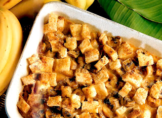 Classic recipe of cubed bananas and cubed bread baked in a caramel custard base