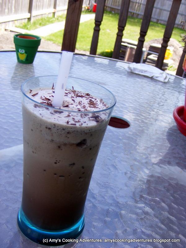Homemade Mocha Chip Frappuccino