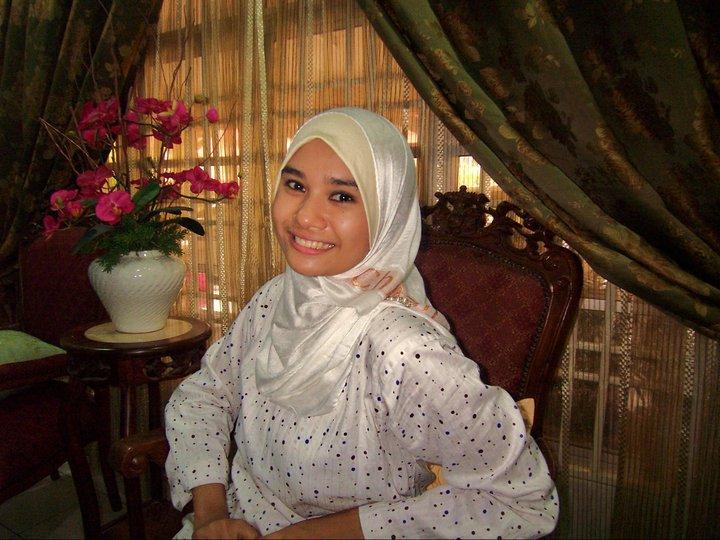 Gambar Bogel Gadis melayu cun tudung seksi lucah bogel skodeng   Melayu Boleh.Com