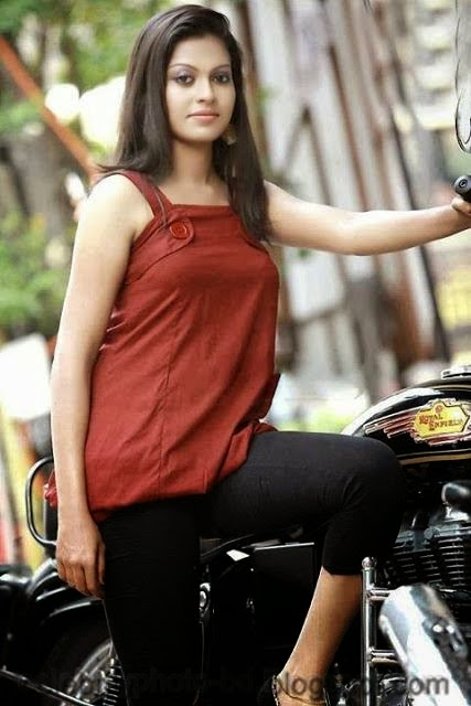 Stunning+Anusree+Hot+Unseen+Private+Pics005