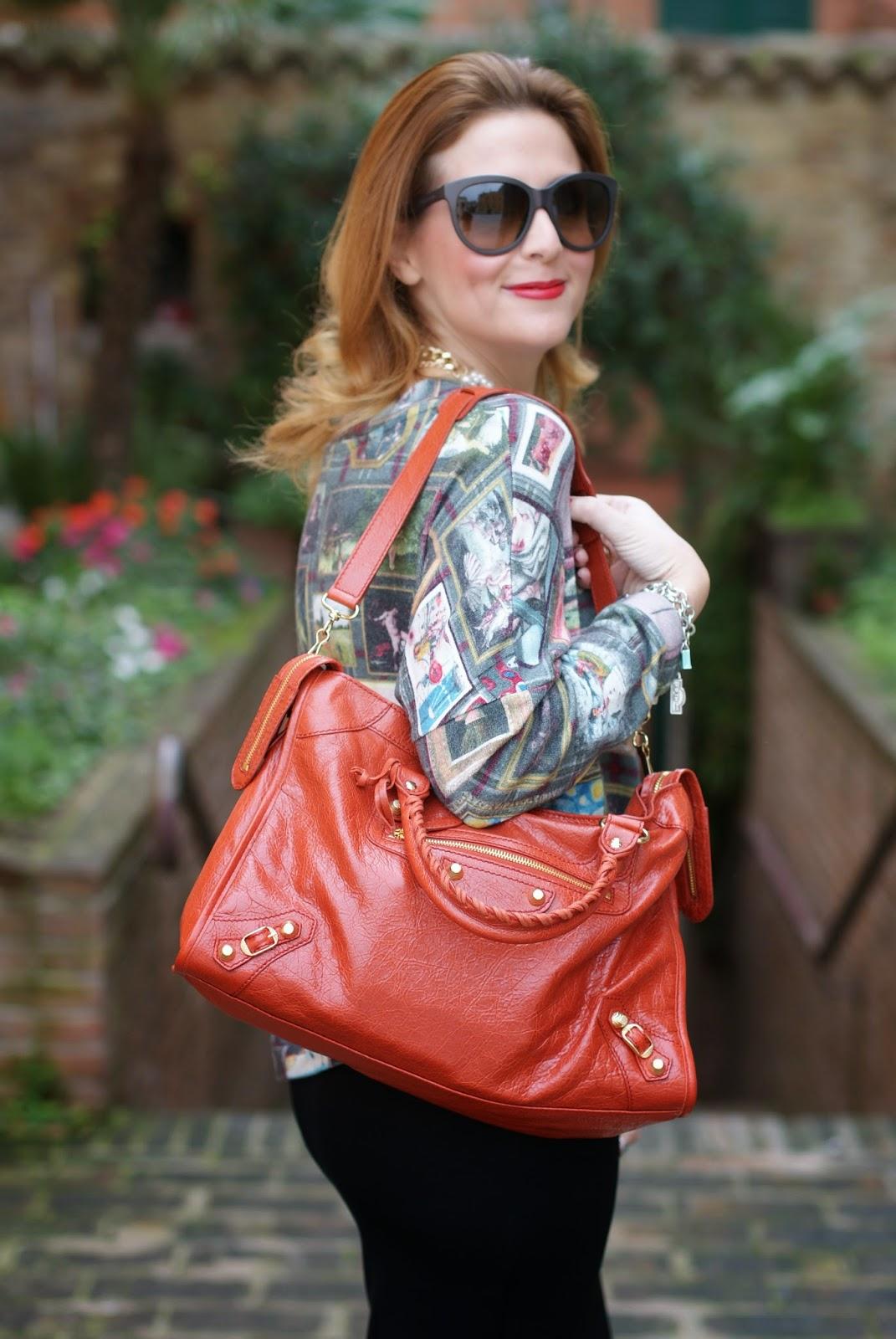 Asos midi pencil skirt, Balenciaga City bag, Zara pearls necklace, Fashion and Cookies, fashion blogger