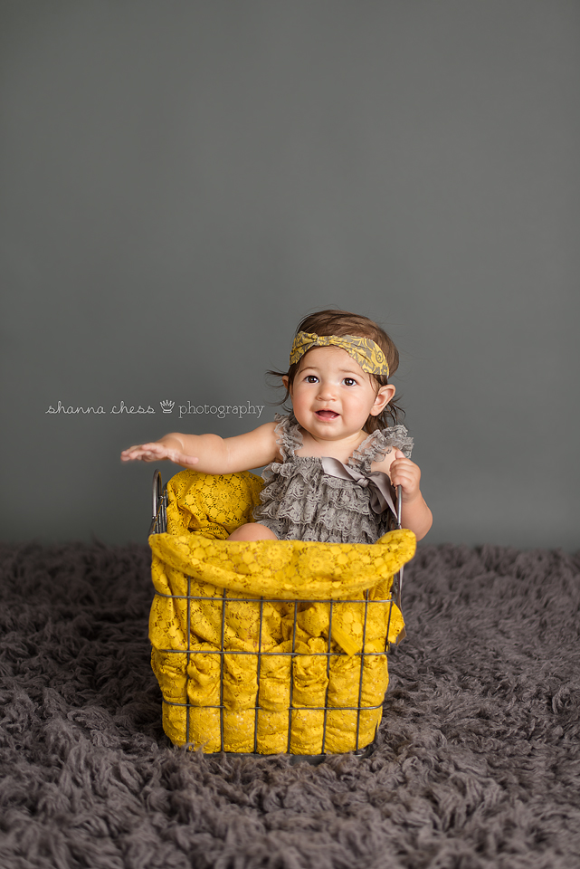 eugene springfield oregon baby photography grey and yellow