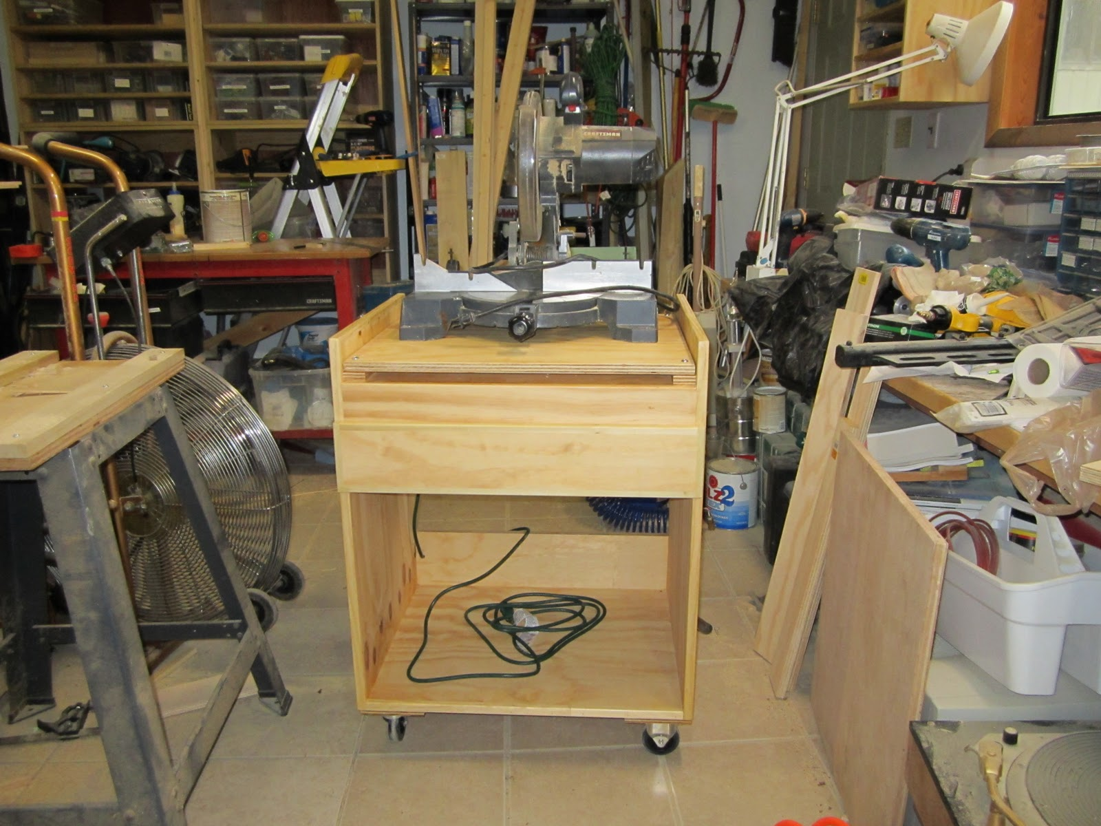 miter saw projects Build you own miter saw stand with these easy to follow planscut list, material list, and hardware list are all included.