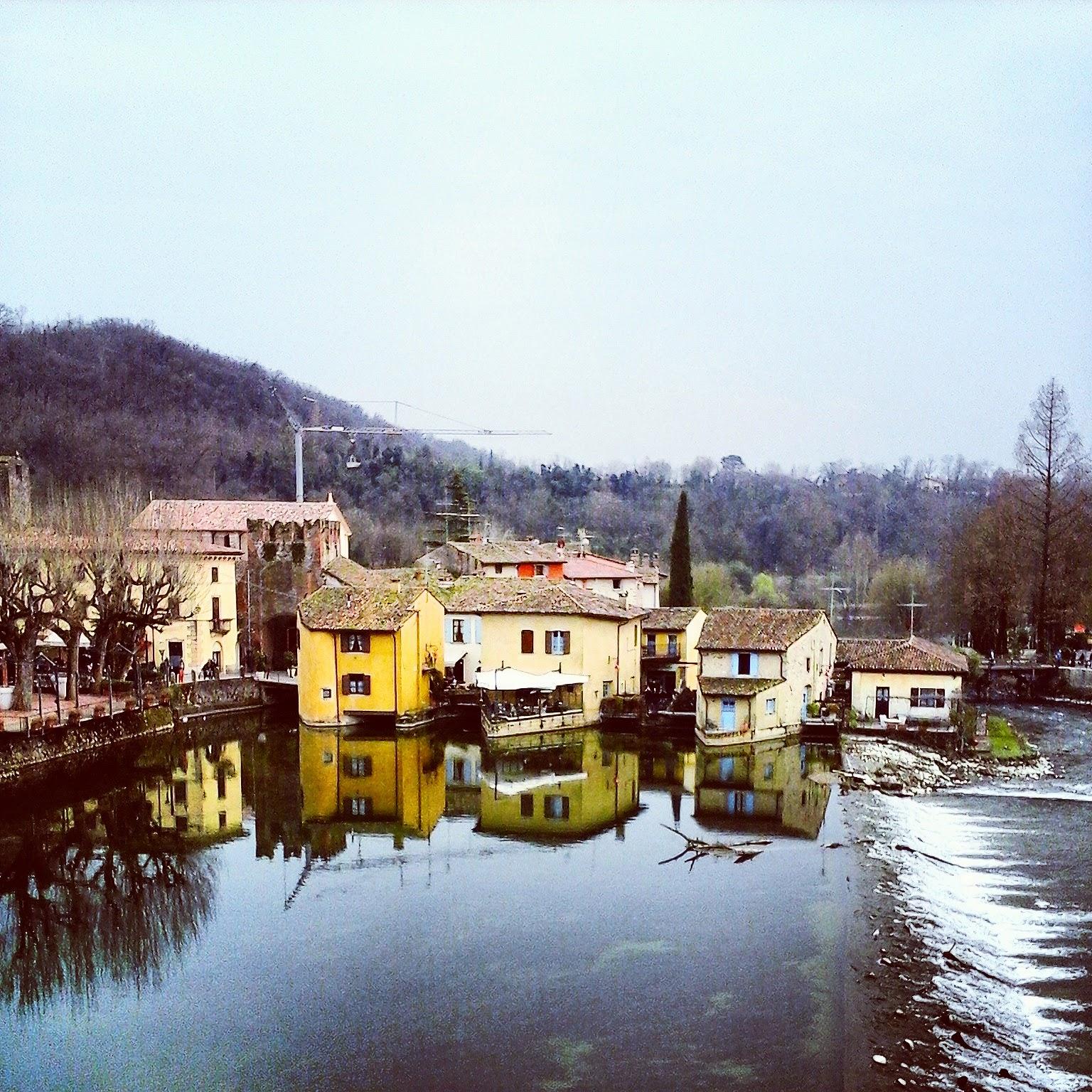Borghetto frazione di Valeggio sul Mincio, veduta degli antichi mulini del Seicento - Foto di Monica Gatti La gatita sotto le due torri blog