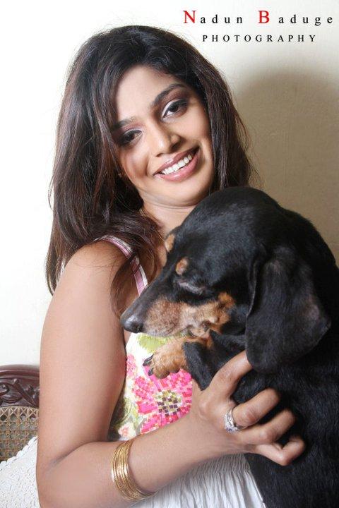 Photos of Sri Lankan Actress Maleeka Sirisenage