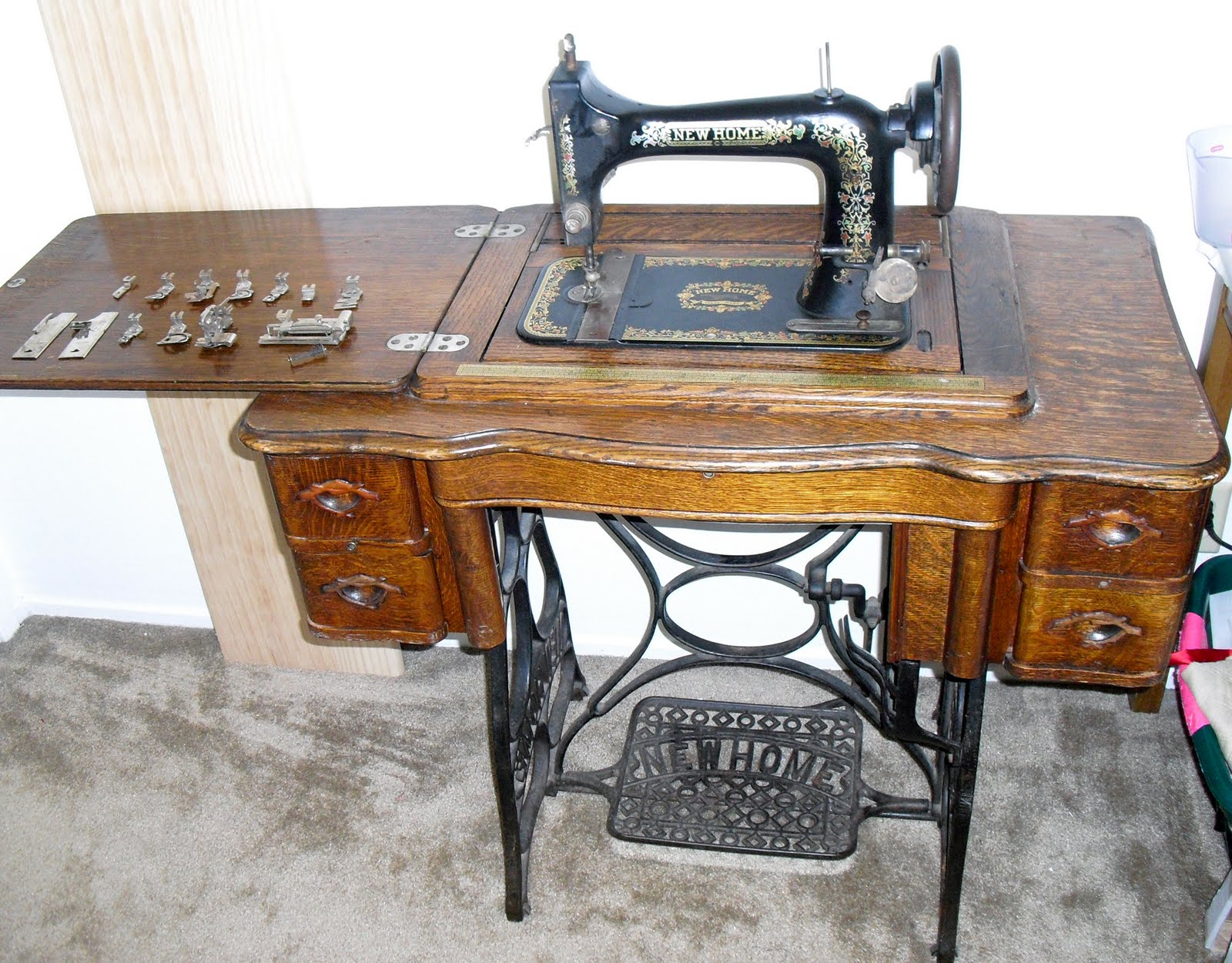 the laced angel part 2 getting the 411 on your vintage lady who rh thelacedangel blogspot com New Home Sewing Machine Models Old Sewing Machines New Home