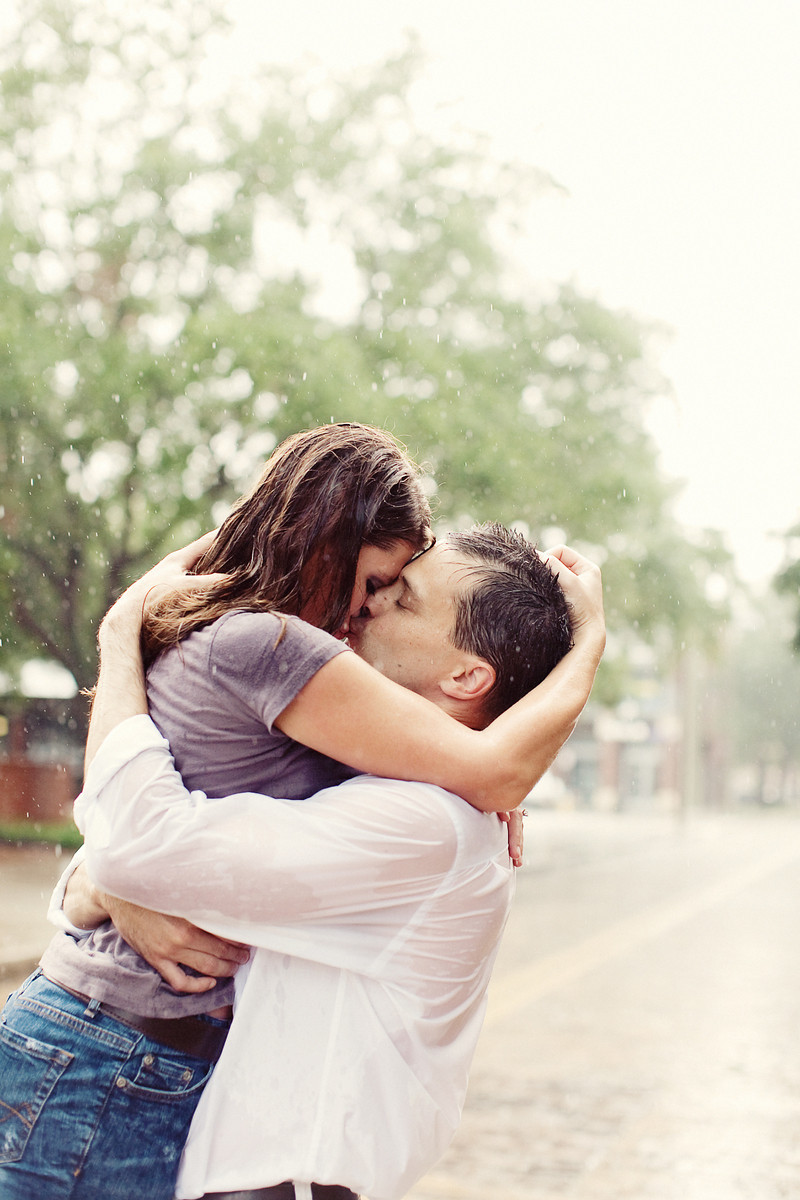 couple kissing wallpapers - photo #28