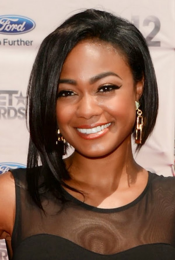 2015 Medium Hairstyles for Black Women