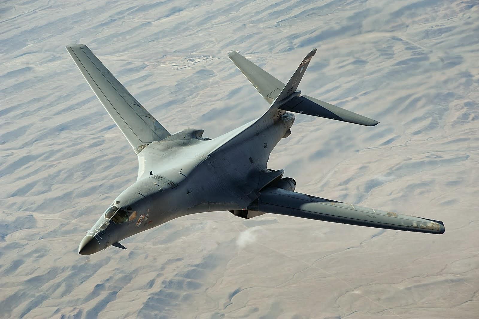 Gambar Pesawat Pembom B-1 Lancer | Fighter Jet Picture and Photos