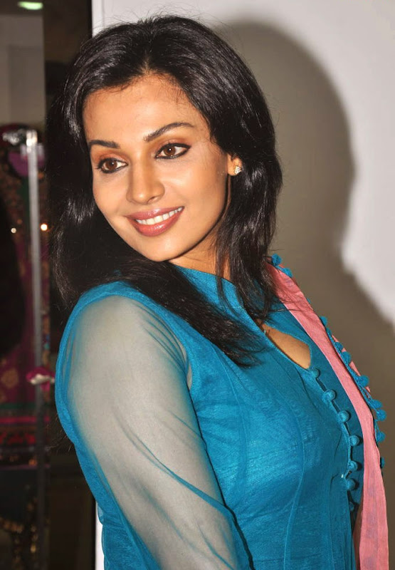 Asha Saini  South Indian Actress Latest HQ Wallpaper Gallery at Event sexy stills