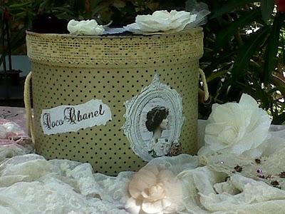 Rozen van papier brocante doosjes - Hoe ze haar woonkamer te versieren ...
