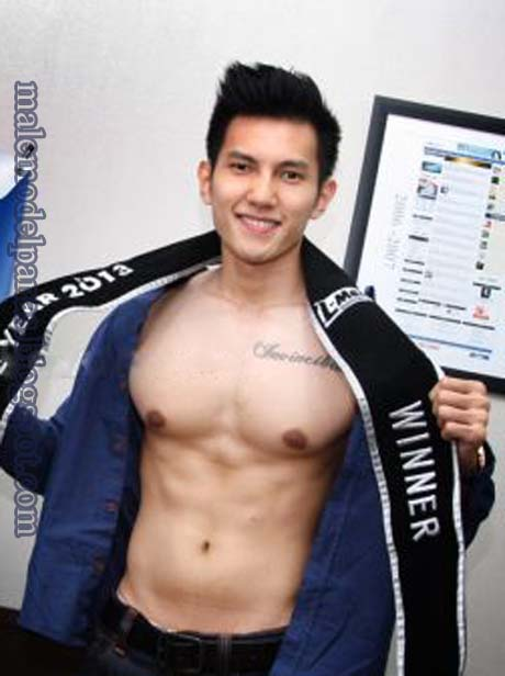 Albern sultan shirtless