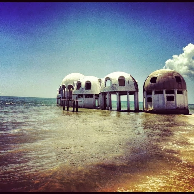 DOME HOUSES, SOUTHWEST FLORIDA