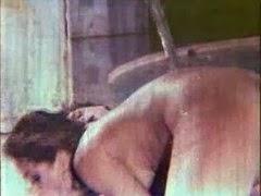Havuzda Dilber Ay'la seks