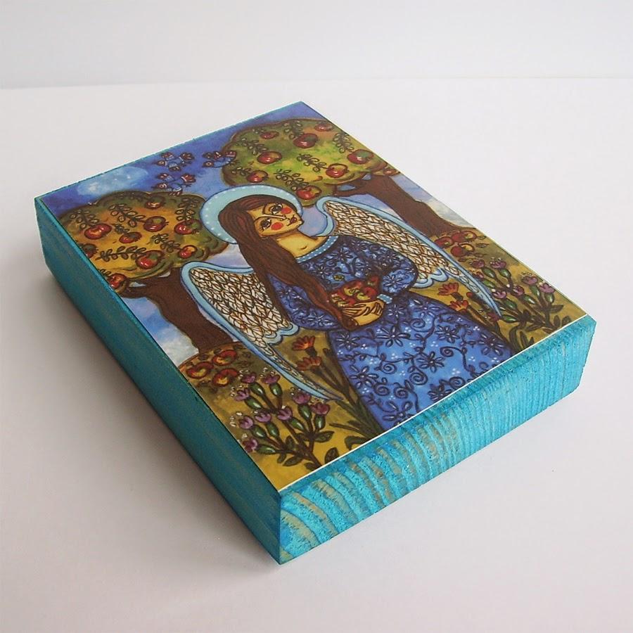 Drewniany obrazek obraz ilustracja dla dziewczynki dziecka prezent upominek na gwiazdkę ozdoba dekoracja bożonarodzeniowa świąteczna anioł aniołek jesień drzewa jabłka