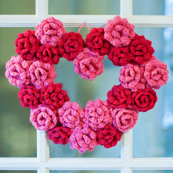 Valentines Day Yarn Wreath via CraftyisCool
