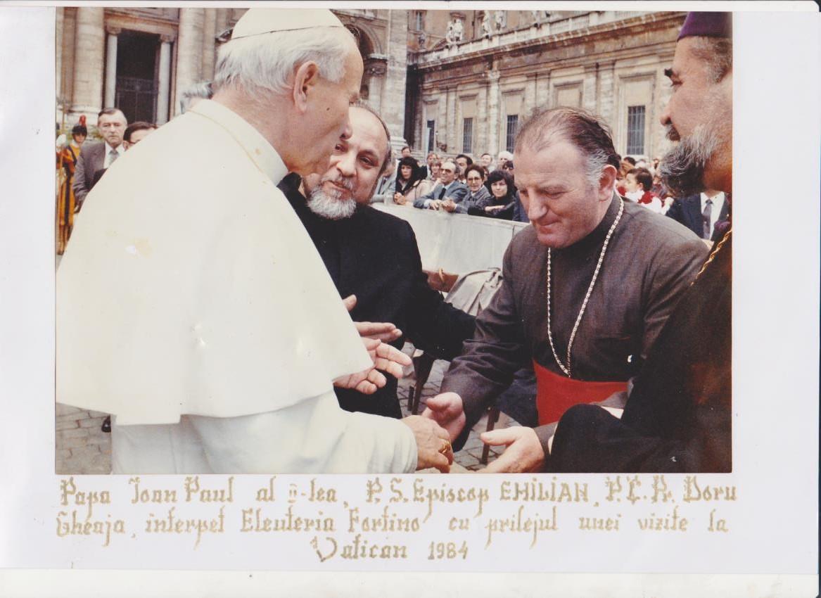PE vremea când Papa Ioan Paul vorbea cu părintele Doru despre Cenaclul Lumină Lină...