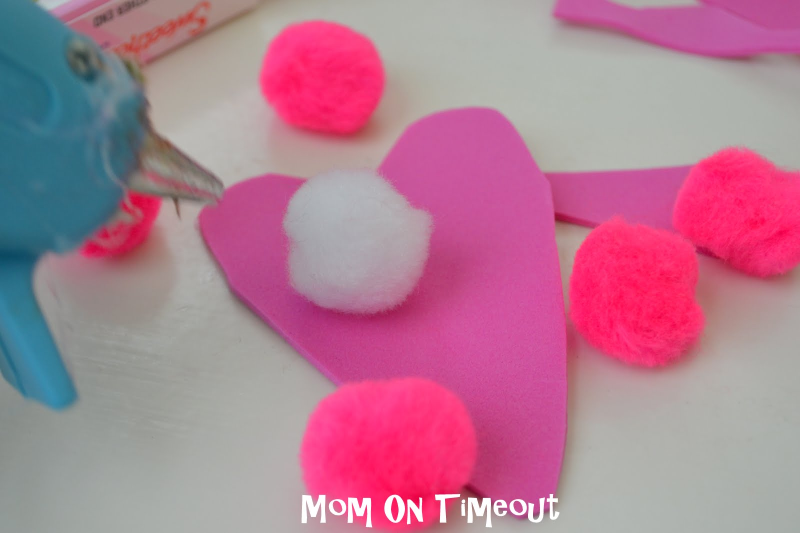 Valentine love bug craft - This Will Be The Body Of The Bug Glue On Pom Poms With Hot Glue Make A Design Or Keep It Simple It S