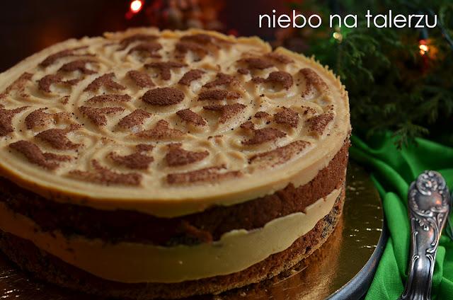 Ciasto makowe z kremem karmelowym. Tort makowy z kremem sernikowym