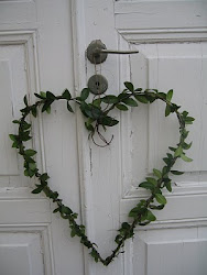 Vårens första dörrkrans