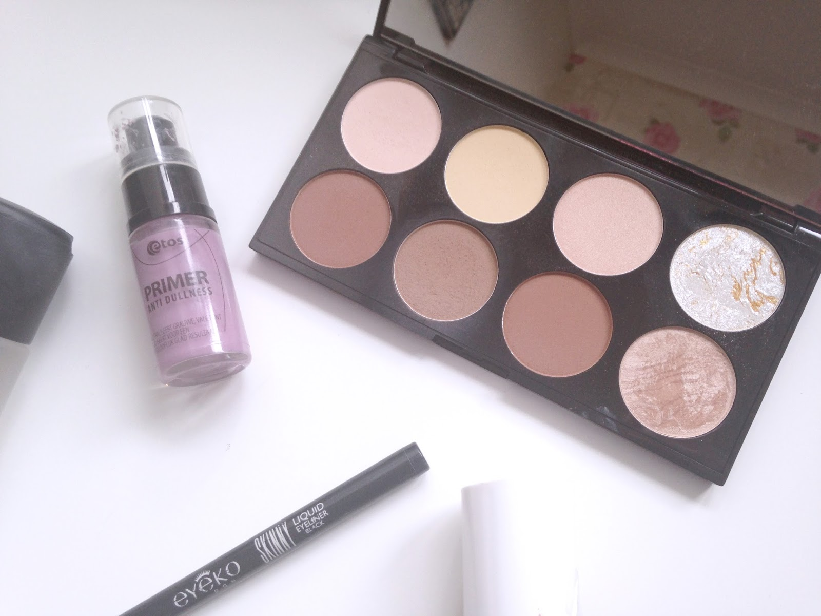 Etos Anti dullness primer Makeup Revolution Ultra Contour Kit Eyeko Skinny Liner