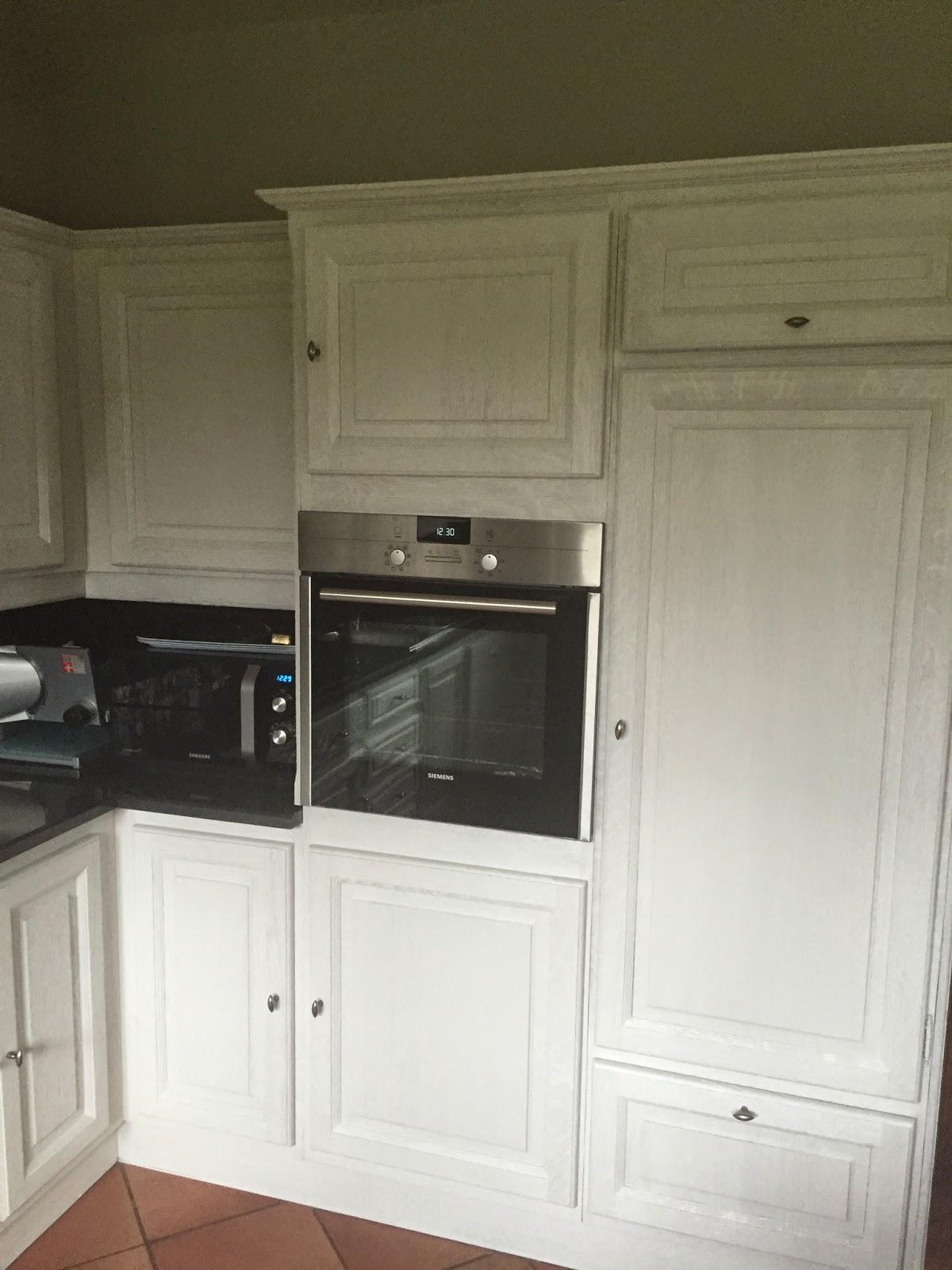 Eiken Keuken Pimpen : Renovatie van een eiken keuken Renovatie van eiken keukens