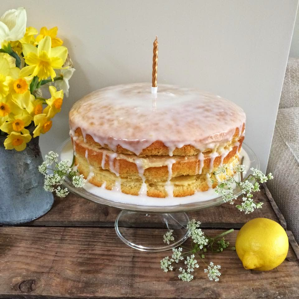 Delia S Iced Lemon Curd Cake Roses And Rolltops