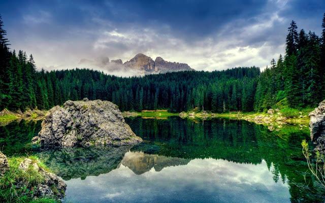 Karersee Lake View