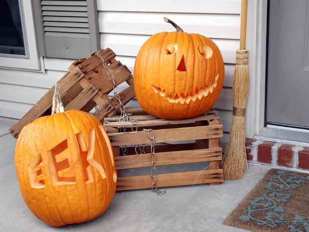 Halloween traditional pumpkin carving ideas from hgtv