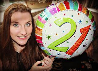 21, balloon, girl